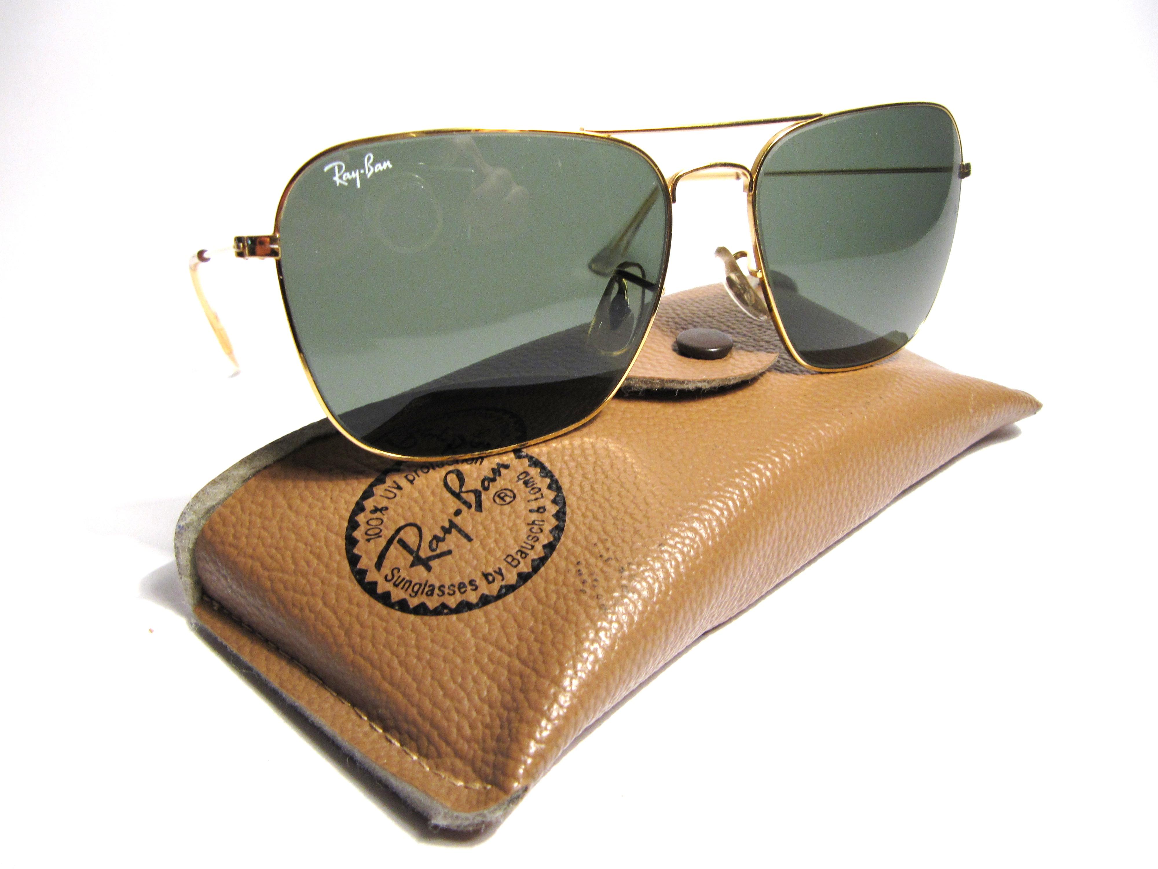 Luxury vintage Sunglasses Details of ray ban caravan sabre