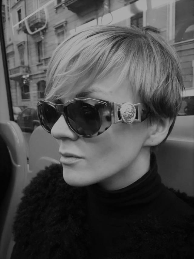 green flamingo milano sofia versace 424 vintage sunglasses