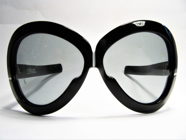 Silhouette Futura 561 black 1970s vintage sunglasses made in Austria