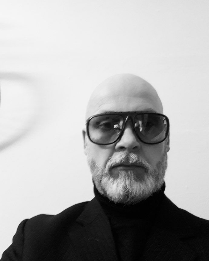Werk 23 Berlin Peter Luigi Colani 10 621 1980s vintage sunglasses Italy