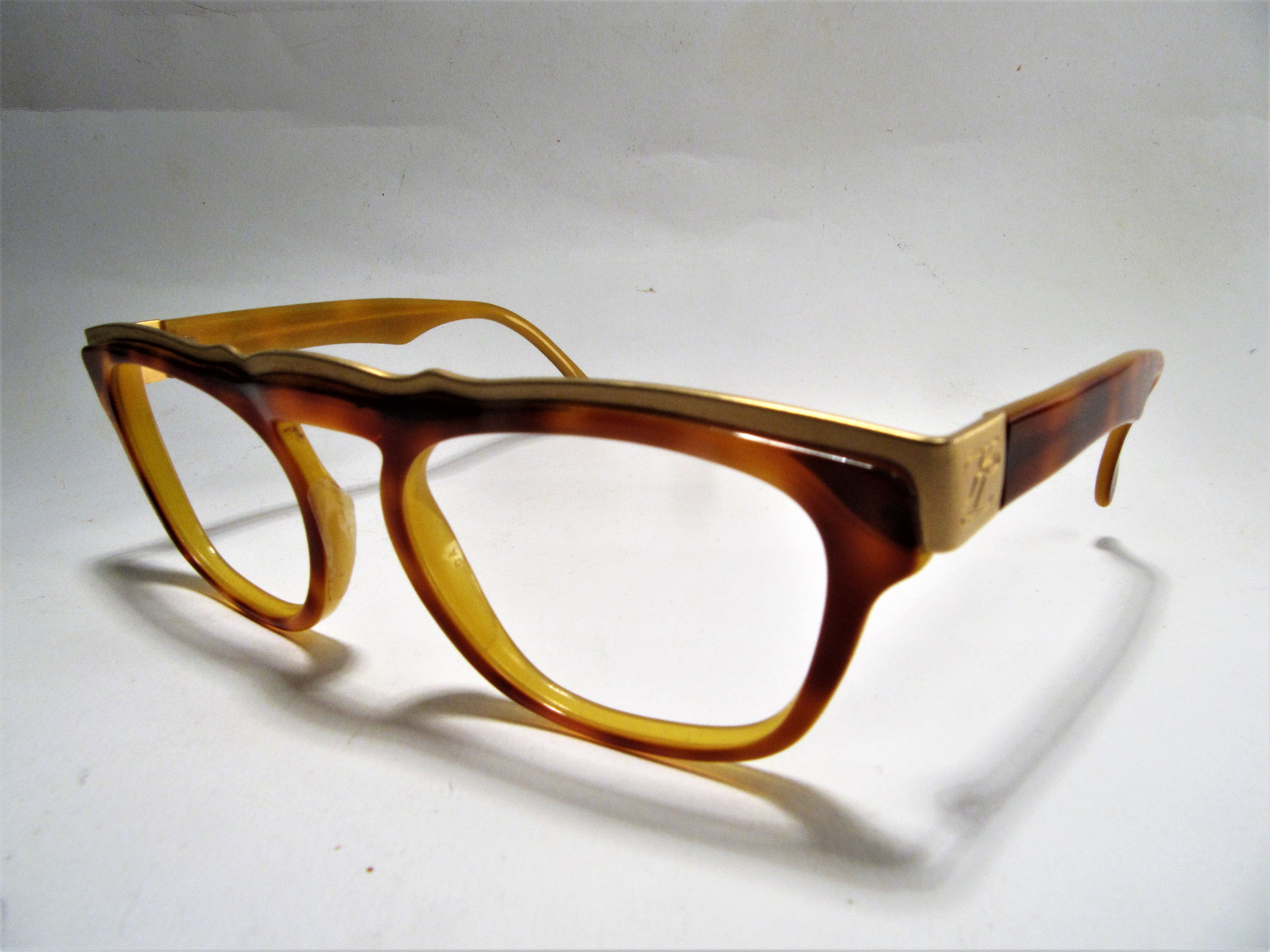 Karl Lagerfeld 1980s vintage eyeglasses frame havanna creme yellow with golden details
